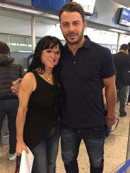 Ο Γιώργος μαζί με φαν στην Κύπρο στις 24 Οκτωβρίου 2017 Φωτογραφία: Metalaxi Peni Facebook