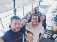 Ο Γιώργος μαζί με φανς στην Κύπρο στις 25 Οκτωβρίου 2017 Φωτογραφία: giannistef Instagram