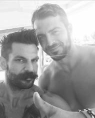 Ο Γιώργος μαζί με τον Γιώργο Φύτα, ο οποίος ήταν υπεύθυνος για το grooming της φωτογράφισης που έγινε για τη συνέντευξη στο περιοδικό People που κυκλοφόρησε στις 24 Σεπτεμβρίου 2017 Φωτογραφία: gfytas Instagram