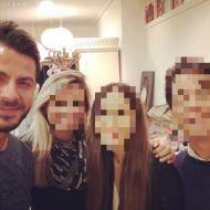 Ο Γιώργος με φανς στο ατελιέ της Λουκίας κατά τη διάρκεια φωτογράφισης για το περιοδικό ΟΚ! - 10 Νοεμβρίου 2017 Φωτογραφία: tatianatsir Instagram