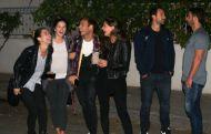 Ο Γιώργος μαζί με τον Σάκη, τη Ντορέττα, τη Χριστίνα, την Ελίνα και τον Σπύρο σε βραδινή έξοδο στο Χαλάνδρι - 29 Οκτωβρίου 2017 Φωτογραφία: yupiii.gr