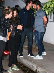 Ο Γιώργος μαζί με τον Σάκη, τη Χριστίνα και τη Ντορέττα σε βραδινή έξοδο στο Χαλάνδρι - 29 Οκτωβρίου 2017 Φωτογραφία: yupiii.gr