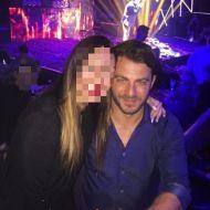 Ο Γιώργος μαζί με φαν στο Club 22 Live Stage στις 3 Νοεμβρίου 2017 Φωτογραφία: alexiou_katerina Instagram