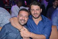 Ο Γιώργος μαζί με τον φίλο του Άκη Πάσσαρη στο Club 22 Live Stage στις 3 Νοεμβρίου 2017 Φωτογραφία: newsbomb