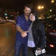 Ο Γιώργος μαζί με φαν κατά την έξοδο του στο Club 22 Live Stage στις 3 Νοεμβρίου 2017 Φωτογραφία: voula__rapti Instagram