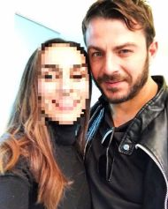 Ο Γιώργος με φαν στο Nerro Cafe στη Λευκωσία στις 30 Νοεμβρίου 2017 Φωτογραφία: photiouandrea Instagram
