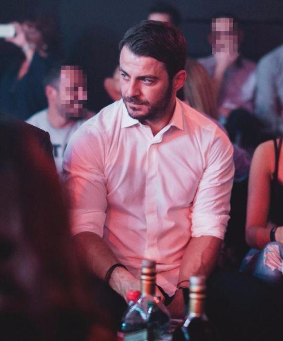 Ο Γιώργος στο Fantasia Live όπου διασκέδασε με το πρόγραμμα του Κωνσταντίνου Αργυρού Φωτογραφία: newspistol