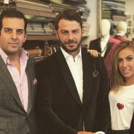 Ο Γιώργος με τον Τάκη Γιαννέτο και την Έλενα Γεραρχάκη στο ατελιέ του Γιαννέτου, δοκιμάζοντας κοστούμια για την επίδειξη των Miro - 5 Νοεμβρίου 2017 Φωτογραφία: takisgiannetos Instagram