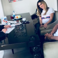 Ο Γιώργος και η Ντορέττα με τον δημοσιογράφο Χρύσανθο Τσουρούλλη στα στούντιο του Sigma TV - 27 Νοεμβρίου 2017 Φωτογραφία: tsouroullis Instagram