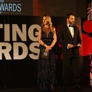 Ο Γιώργος και η Ντορέττα κατά τη διάρκεια της παρουσίασης των Time Out Eating Awards στις 28 Νοεμβρίου 2017 Φωτογραφία: ilovestyle.com