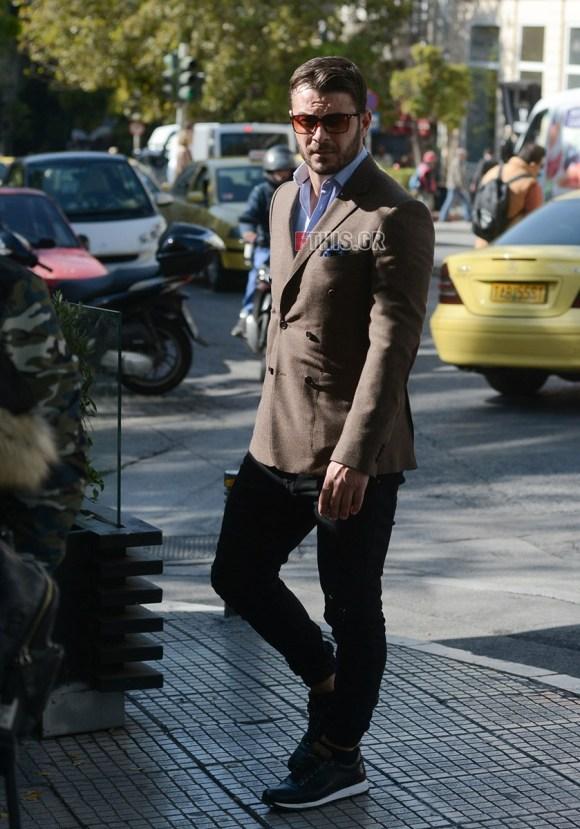 Ο Γιώργος σε μια βόλτα στο Κολονάκι - 5 Νοεμβρίου 2017 Φωτογραφία: Fthis