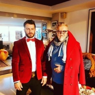 Ο Γιώργος στο ατελιέ του Νίκου Αποστολόπουλου στις 4 Δεκεμβρίου 2017 Φωτογραφία: nik_apos Instagram