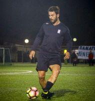 """Ο Γιώργος στο γήπεδο Εργάνης """"Δημήτρης Νικολαΐδης"""" στον Βύρωνα για τον φιλανθρωπικό αγώνα προς ενίσχυση του μικρού Παναγιώτη - 4 Δεκεμβρίου 2017 Φωτογραφία: sport24"""