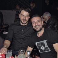Ο Γιώργος μαζί με τον φίλο του Άκη στο νυχτερινό κέντρο Fever όπου διασκέδασε με το πρόγραμμα του Νότη Σφακιανάκη και της Πέγκυ Ζήνα - 15 Δεκεμβρίου 2017 Φωτογραφία: mikrofwno.gr