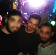 Ο Γιώργος μαζί με φανς στο OMNIA night club στην Κύπρο στις 20 Δεκεμβρίου 2017 Φωτογραφία: kyriakos_kyriakou_ Instagram