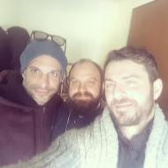 Ο Γιώργος μαζί με τον Χρανιώτη και φίλο και συμμαθητή του, πάτερ Ιωσήφ, στη Σκιάθο - 31 Δεκεμβρίου 2017 Φωτογραφία: iosephkatsouras Instagram