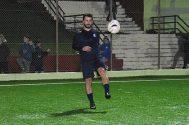 """Ο Γιώργος στο γήπεδο Εργάνης """"Δημήτρης Νικολαΐδης"""" στον Βύρωνα για τον φιλανθρωπικό αγώνα προς ενίσχυση του μικρού Παναγιώτη - 4 Δεκεμβρίου 2017 Φωτογραφία: couscous.gr"""