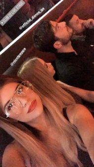 Ο Γιώργος Αγγελόπουλος στο Club 22 Live Stage με φίλους, όπου τραγουδούν οι Μπο, Πάνος Κιάμος και Αντύπας στις 4 Ιανουαρίου 2018 Φωτογραφία: ioanna_bei Instagram