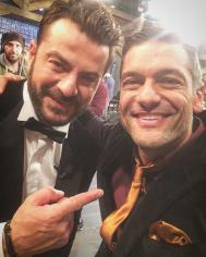 """Ο Γιώργος μαζί με τον Στέλιο Κρητικό στο γύρισμα του εορταστικού επεισοδίου της εκπομπής """"Στην υγειά μας ρε παιδιά"""" - 5 Δεκεμβρίου 2017 Φωτογραφία: stelioskritikos Instagram"""
