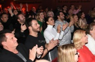 """Ο Γιώργος μαζί με την Ειρήνη Παπαδοπούλου στην παράσταση """"Το πρώτο μας πάρτι"""" στο θέατρο Coronet - 9 Ιανουαρίου 2018 Φωτογραφία: TLife"""