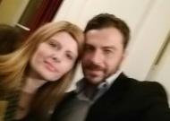 """Ο Γιώργος μαζί με την εκπρόσωπο της ιστοσελίδας workingmoms.gr, Έφη Αργυροπούλου, στην εκδήλωση """"Βραδιά του Ευχαριστώ"""" του Make a Wish - 22 Φεβρουαρίου 2018 Φωτογραφία: workingmoms.gr Instagram"""