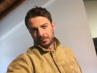 """Ο Γιώργος κατά τη διάρκεια των γυρισμάτων του """"Τατουάζ"""" στο Παλαιοχώρι στην Κύπρο - 26 Φεβρουαρίου 2018 Φωτογραφία: akis.passaris Instagram"""