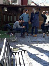 """Ο Γιώργος στην Καλαμπάκα όπου βρέθηκε για τα γυρίσματα της τηλεοπτικής σειράς """"Το Τατουάζ"""" - 5 Φεβρουαρίου 2018 Φωτογραφία: kalabakacity.gr"""