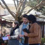 """Ο Γιώργος μαζί με τον Ανδρέα και την Πανίτσα κατά τη διάρκεια των γυρισμάτων του """"Τατουάζ"""" στην Καλαμπάκα στις 5 Φεβρουαρίου 2018 Φωτογραφία: trikalaview.gr"""