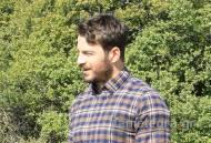 """Ο Γιώργος κατά τη διάρκεια γυρισμάτων για τη σειρά """"Το Τατουάζ"""" στην Καλαμπάκα στις 6 Φεβρουαρίου 2018 Φωτογραφία: tameteora.gr"""