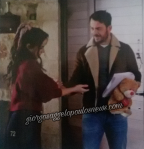 """Ο Γιώργος μαζί με την Κατερίνα στα γυρίσματα της σειράς """"Τατουάζ"""" στην Κύπρο Φωτογραφία: Hello"""