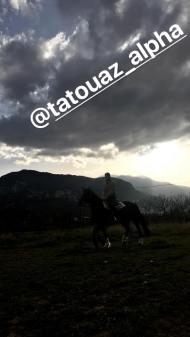 """Ο Γιώργος κατά τη διάρκεια γυρισμάτων για το """"Τατουάζ"""" στην Καλαμπάκα - 12 Μαρτίου 2018 Φωτογραφία: official_danos_ga Instagram"""