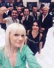 Ο Γιώργος μαζί με τον Τάκη Γιαννέτο και την ομάδα του Ooh La La! στην 23η Athens Xclusive Designers Week - 29 Μαρτίου 2018 Φωτογραφία: oohlalaskai Instagram
