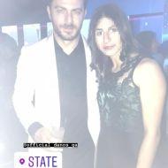 """Ο Γιώργος μαζί με φαν στο after party των βραβείων Madame Figaro """"Γυναίκες της χρονιάς"""", το οποίο έγινε στο State στη Λευκωσία - 17 Απριλίου 2018 Φωτογραφία: alexandra_ske Instagram"""