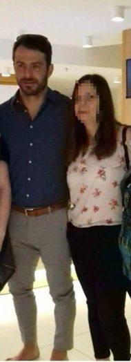 Ο Γιώργος με φανς στο ξενοδοχείο στο Ηράκλειο Κρήτης, όπου βρέθηκε για το διαφημιστικό της NAK Shoes - 28 Απριλίου 2018 Φωτογραφία: Έφη Σαριδάκη. Facebook