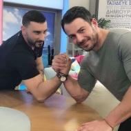 """Ο Γιώργος μαζί με τον δημοσιογράφο Τάσο Ευαγγέλου, backstage στην εκπομπή """"Με αγάπη Χριστιάνα"""" - 3 Απριλίου 2018 Φωτογραφία: tasoseva Instagram"""