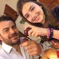 Ο Γιώργος με την ανιψιά του ανήμερα του Πάσχα στη Σκιάθο - 8 Απριλίου 2018 Φωτογραφία: official_danos_ga Instagram