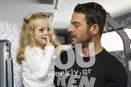 Ο Γιώργος μαζί με τη μικρή Παναγιώτα, τη βαφτιστήρα του, στο Γκάζι στις 5 Απριλίου 2018 Φωτογραφία: You Weekly