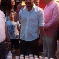 Ο Γιώργος στην Ρόδο, όπου βρέθηκε για τα εγκαίνια του μαγαζιού Treasure & Jewels στις 26 Μαΐου 2018 Φωτογραφία: Τσαμπίκα Διακονικολάου Facebook