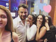 Ο Γιώργος μαζί με φαν στη Ρόδο όπου βρέθηκε για τα εγκαίνια του Treasure & Jewels στις 26 Μαΐου 2018 Φωτογραφία: evelina_boni Instagram