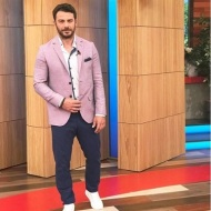 Ο Γιώργος στο πλατό της Ελένης Μενεγάκη όπου βρέθηκε για συνέντευξη στις 4 Μαΐου 2018 Φωτογραφία: emenegaki_tvo Instagram