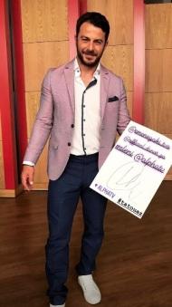Ο Γιώργος στο πλατό της Ελένης Μενεγάκη όπου βρέθηκε για συνέντευξη στις 4 Μαΐου 2018 Φωτογραφία: kefala_maria Instagram