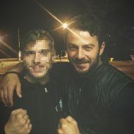 Ο Γιώργος μαζί με φαν στην Σκιάθο στις 6 Μαΐου 2018 Φωτογραφία: apache.tsirim Instagram