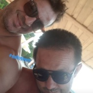 Ο Γιώργος μαζί με τον φίλο και συνεργάτη του Πάνο στο Salto Water Sports στις Κουκουναριές στη Σκιάθο - 10 Ιουνίου 2018 Φωτογραφία: salto_watersports Instagram