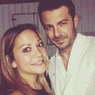 Ο Γιώργος μαζί με τη δημοσιογράφο Μάνια Καπαράκου στα βραβεία Mad που έγιναν στις 27 Ιουνίου 2018 Φωτογραφία: maniakapar Instagram