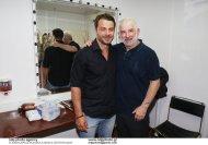 """Ο Γιώργος μαζί με τον Πέτρο Φιλιππίδη στο αρχαίο θέατρο Επιδαύρου όπου βρέθηκε για να παρακολουθήσει την παράσταση """"Αχαρνής"""" του Αριστοφάνη στις 29 Ιουνίου 2018 Φωτογραφία: iefimerida"""