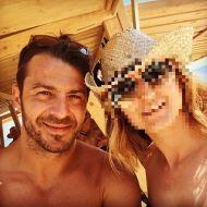 Ο Γιώργος με φαν στις Κουκουναριές στη Σκιάθο την 1η Ιουλίου 2018 Φωτογραφία: schristopoulou Instagram