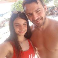 Ο Γιώργος με φαν στο Salto WaterSports στις Κουκουναριές Σκιάθου - 21 Ιουλίου 2018 Φωτογραφία: con_ianthi Instagram