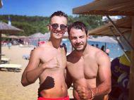 Ο Γιώργος με φαν στο Salto WaterSports στις Κουκουναριές Σκιάθου - 22 Ιουλίου 2018 Φωτογραφία: _hamos7 Instagram