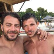 Ο Γιώργος με φαν στο Salto WaterSports στις Κουκουναριές Σκιάθου - 22 Ιουλίου 2018 Φωτογραφία: kostaskaranasios Instagram