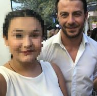 Ο Γιώργος μαζί με φαν στην εκδήλωση της La Vie en Rose για τα δύο χρόνια λειτουργίας στις 7 Ιουλίου 2018 Φωτογραφία: evaggeliapappou Instagram